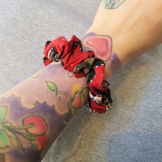 TIKI SCRUNCHIES - BUTTERFLY RED BIG