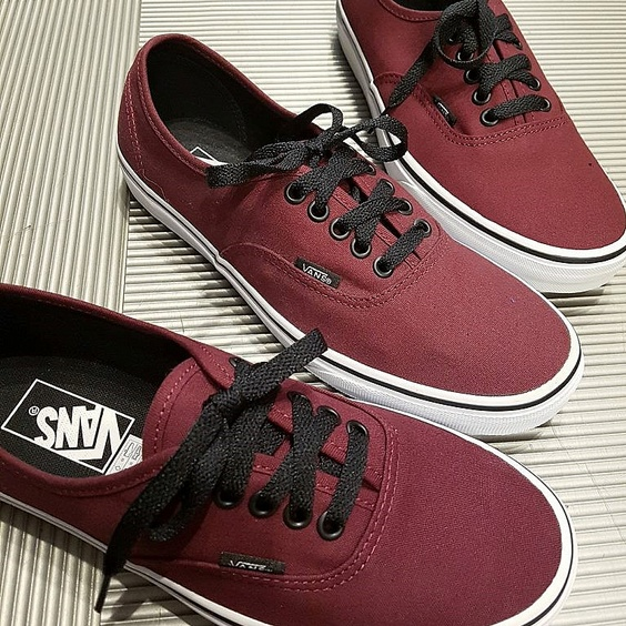 VANS SKOR - AUTHENTIC PORT ROYEL/BLACK