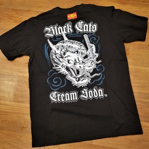 CREAM SODA T-SHIRT - BLACK CAT DRAGON