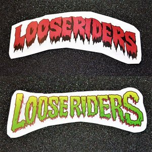 LOOSE RIDERS STICKER - RED/GREEN