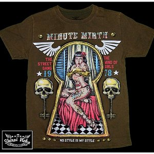 MINUTE MIRTH T-SHIRT - KEYHOLE OLIV