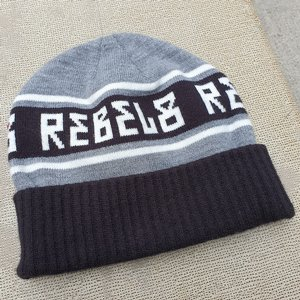 REBEL8 MÖSSA - STICKAD E