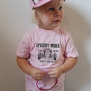 SPEEDY MIKE T-SHIRT BARN FRONT ROSA