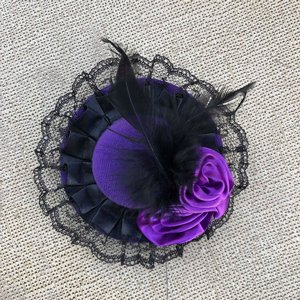 SWEET CO. BURLESQUE HATT - LITEN LILA