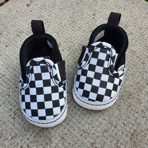 VANS BABY SKOR - SLIP ON BLACK/WHITE