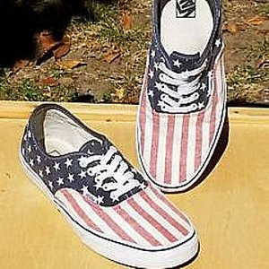 VANS SKOR - AUTHENTIC VAN DORIAN STARS STRIPES