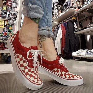 VANS SKOR - ERA CHECKER RED/NEUTRAL