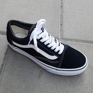 VANS SKOR - OLD SKOOL BLACK/TRUE WHITE